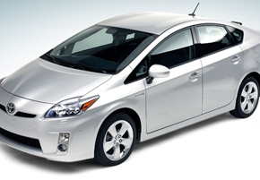 2010 Hybrid War | Prius vs. Insight